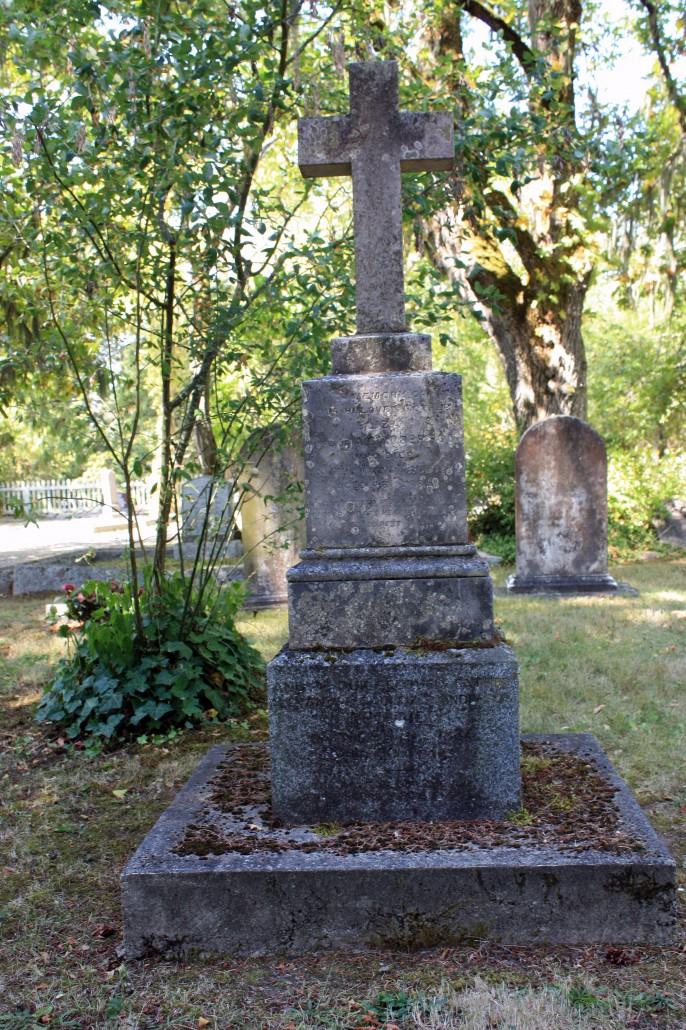 Alexander Caulfield Anderson's grave